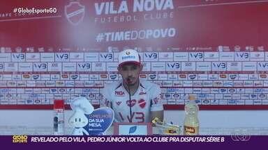 Vila Nova apresenta atacante Pedro Júnior, revelado pelo próprio Tigrão - Atacante de 34 anos está de volta e reforça o time na Série B do Campeonato Brasileiro.
