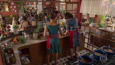 Capítulo de 10/02/2021 - Apolo enfrenta Beto e reclama de seu comportamento. Tamara afirma a Penélope que continua na terapia. Safira vai atrás de Agilson, e Ariovaldo se preocupa. Dinalda diz a Rebeca que passará a noite com Cicinho. Beto decide se afastar de Tancinha. Camila se irrita com as lembranças que tem de Giovanni. Tancinha confessa a Francesca que está em dúvida sobre Beto e Apolo.