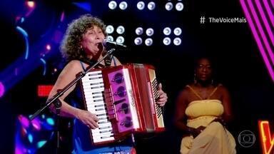 Ceiça Moreno canta 'Bate Coração' - Daniel elogia a apresentação