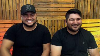 Barões da Pisadinha comemoram sucesso em 2021 - Felipe e Rodrigo contam que já realizaram mais feitos que imaginaram em toda a vida