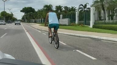 MP apura irregularidades em ciclofaixa de Manaus - Dentre as irregularidades encontradas, se destacam o estreitamento da pista, falha na sinalização e desrespeito a faixa exclusiva dos ciclistas.