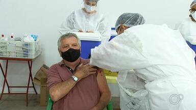 Veja atualizações da vacinação contra a Covid-19 em Rio Preto e Araçatuba - Veja atualizações da vacinação contra a Covid-19 em São José do Rio Preto e Araçatuba (SP) nesta quinta-feira (11).