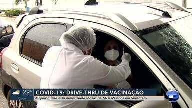 Veja como foi o primeiro dia de vacinação para pessoas a partir de 66 anos - Idosos foram vacinados na modalidade Drive Thru em quatro pontos da cidade.