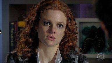 Nanda se revolta ao saber que Jonas mandou Rodrigo sair de casa - Nanda conta que Jonas e Cris pensam em ter um filho