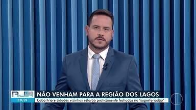 Veja a íntegra do RJ2 desta quarta-feira, 24/03/2021 - Apresentado por Alexandre Kapiche, telejornal traz os principais destaques do dia nas cidades das regiões dos Lagos, Serrana e Noroeste Fluminense.