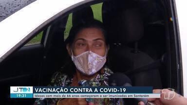 Idosos com mais de 66 anos começam a ser vacinados contra a Covid-19 em Santarém - Acompanhe a movimentação no 'drive-thru' nesta quarta, 24.