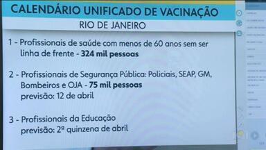 Calendário Único de Vacinação não será seguidos em alguns municípios do RJ - Cronograma na capital tem datas diferentes. Governo incluiu forças de segurança, profissionais de saúde e educação como prioritários em ordem diferente do Plano Nacional de Imunização.