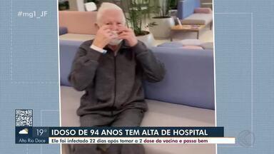 Doses da vacina ajudam idoso de 94 anos a se recuperar da Covid-19 em Juiz de Fora - O Sr. Manoel Fonseca se contaminou 22 dias após a segunda dose, mas a doença veio de forma branda e ele não precisou de oxigênio ou UTI.
