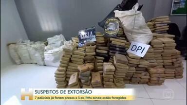 7 policiais militares foram presos no Amazonas suspeitos de extorquir dinheiro de traficantes - A justiça expediu 10 mandados de prisão. 3 ex-PMs são considerados foragidos.