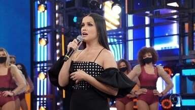 Juliette solta a voz no palco do 'Domingão' - Faustão conta para a campeã que esse é o último ano do programa