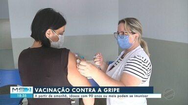 Idosos com 90 anos ou mais podem se imunizar contra influenza a partir desta terça-feira - MS2