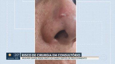Mulher quase perde o nariz depois de procedimento estético em consultório odontológico - Ela passou por 11 especialistas para corrigir as complicações que teve após o procedimento. A vítima denunciou o caso à polícia e pede uma indenização na justiça.