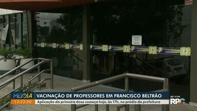 Começa a vacinação de professores em Francisco Beltrão - Aplicação da primeira dose começa hoje, às 17h, no prédio da prefeitura.