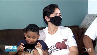 Maranhão tem 54 crianças à espera de adoção, segundo a Justiça - Ato de adoção gera esperança e transforma famílias. [