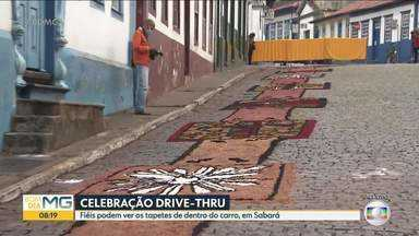 Celebração de Corpus Christi em Sabará será por drive-thru - Fiéis podem apreciar tapetes com segurança.