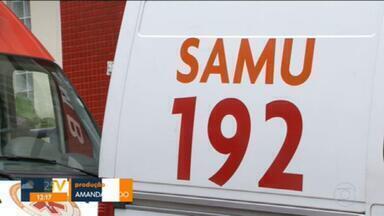 Médicos e telefonistas do Samu estão com salários atrasados - Na capital, o Samu é responsabilidade da Fundação Saúde, do governo do estado. A Fundação não paga as empresa e elas não pagam os funcionários.