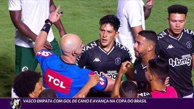 Em jogo recheado de polêmicas, Vasco empata com o Boavista e se classifica na Copa do Brasil - Em jogo recheado de polêmicas, Vasco empata com o Boavista e se classifica na Copa do Brasil