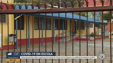 Escola suspende aulas presenciais após casos de Covid-19 em Caxias do Sul - Expectativa é que as aulas sejam retomadas nesta quinta (24).