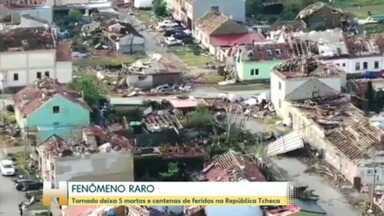 Tornado deixa pelo menos 5 mortos na República Tcheca - Fenômeno é raro na região; 120 mil famílias estão sem energia elétrica