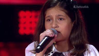 Sophia Lara canta 'Cobaia' - Confira a apresentação