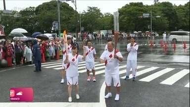 Zico carregou Tocha Olímpica no Japão - Ana Sátila, promessa da canoagem, já embarcou para Tóquio