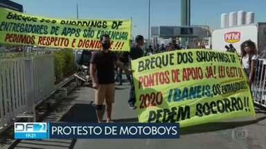 Motoboys protestam em frente a shopping - Veja esta e outras notícias desta terça-feira (20).