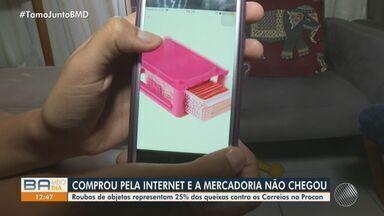 Consumidores alegam não receber mercadorias após compra pela internet - Roubos de objetos representam 25% das queixas contra os Correios no Procon.