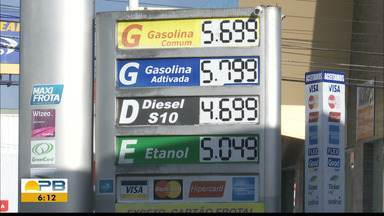 Aumento no preço da gasolina nas refinarias - Com o tempo o consumidor sente o acréscimo no bolso.