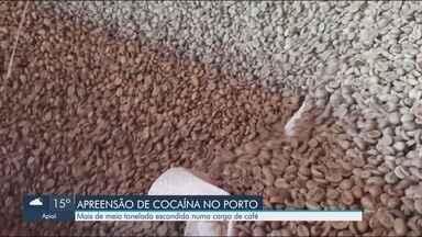 Receita Federal apreende mais de 500 kg de cocaína em Porto de Santos - Droga estava escondida em carga de café.