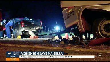 Três pessoas morrem em batida frontal na BR-282 na Serra de SC - Três pessoas morrem em batida frontal na BR-282 na Serra de SC