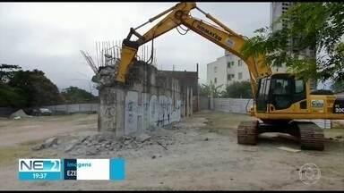 Após nove anos parada, obra da Ponte do Monteiro é retomada - De acordo com Prefeitura do Recife, ponte que dá acesso ao bairro da Iputinga deve ficar pronta em dois anos