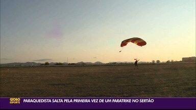 Paraquedista salta pela primeira vez de um paratrike no Sertão da Paraíba - Professor radical decide investir numa aventura inédita