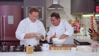 Salmão nori - Claude e Batista combinam ingredientes orientais e brasileiros na receita de Salmão Nori. O prato é uma homenagem ao entregador Alex, que ama comida japonesa.