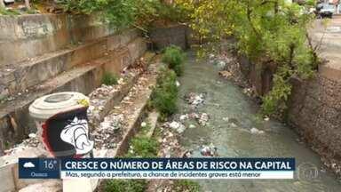 Em 11 anos, áreas de risco da capital aumentaram 20% - A maior parte dessas moradias está perto de córregos e em áreas de proteção ambiental.