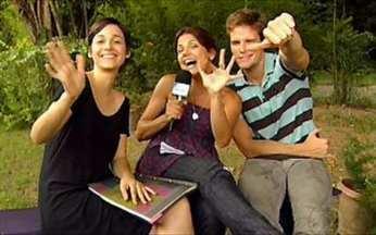 Nivea Stelmann passa o texto com elenco de Malhação! - A repórter do Video Show mostra como os atores fazem para decorar as cenas da novela. Veja!