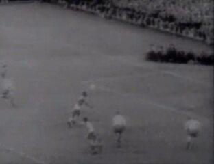 Em 1958, Brasil goleia a Suécia por 5 a 2 e conquista a Copa do Mundo