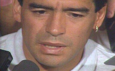 Em 1994, Maradona se diz injustiçado por punição por doping