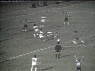 Em 1981, Grêmio vence o São Paulo por 2 a 1 no 1ª jogo da final do Campeonato Brasileiro