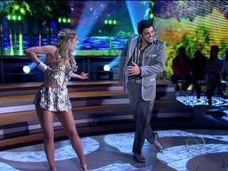 Rodrigo Simas e Raquel Guarini requebram no ritmo do samba