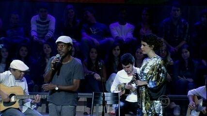 Luiz Melodia faz dueto com a cantora Céu no 'Altas Horas'