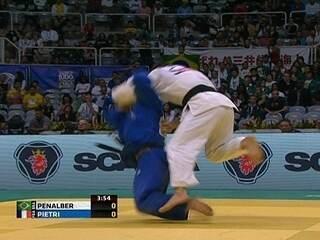 Penalber e Katherine caem, e Brasil fica sem medalha no 4° dia de Mundial