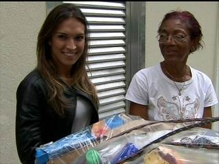 Moradores de comunidade trocam lixo reciclado por gratuidade na conta de luz