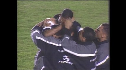Em 1999, Corinthians vence o Palmeiras por 2 a 1 pela Taça Libertadores