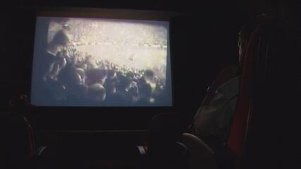 No cinema, Ramos revive emoção do gol do hexa