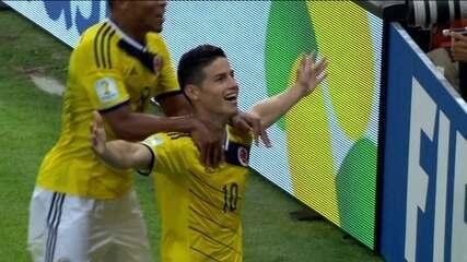 Gol da Colômbia! James Rodríguez domina e chuta de primeira para marcar aos 27 do 1º tempo