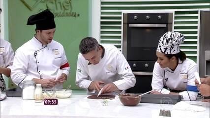 Chef francês ensina participantes do 'Super Chef' a fazer macarons de chocolate