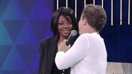 Ludmilla revela que 'enrola' na hora de cantar em inglês