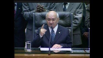 Severino Cavalcanti renuncia à presidência da Câmara dos Deputados