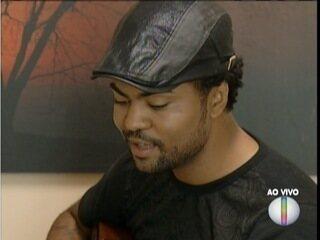 Rafael Dias, ex-participante do The Voice Brasil, se apresenta no Vale do Aço
