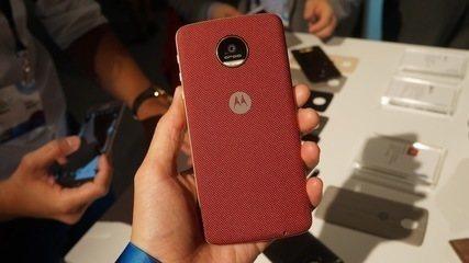 Testamos o Moto Z e Moto Z Force; veja as primeiras impressões dos celulares lançados em 2016